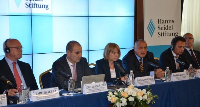 Бойко Борисов: Дойде ли БСП на власт, нещо се случва с финансите на хората