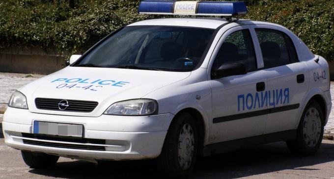 Ранени и изпотрошена кола при масовия бой в София