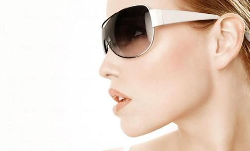 Слънчевите очила – задължителният аксесоар за лятото