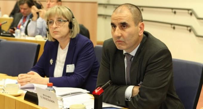Цветан Цветанов: ГЕРБ се бори за първи резултат на предсрочните избори