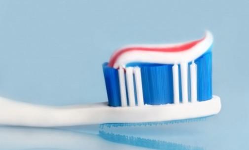 Четка за зъби следи за рак и Алцхаймер