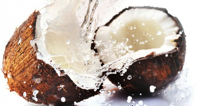 Какво се случва, когато пиете кокосова вода 7 дни