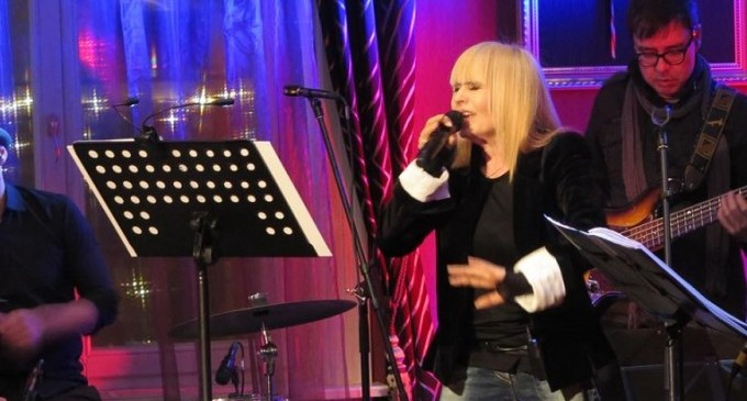 Лили Иванова докосна сърцата на хиляди в Лондон