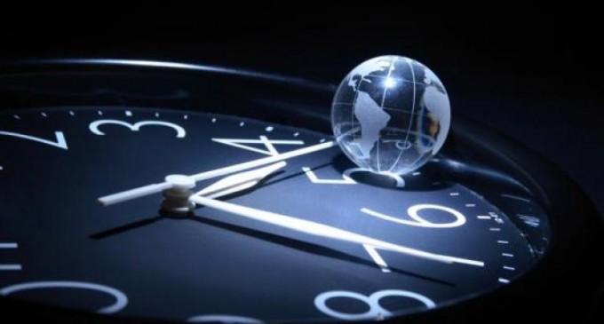 Светът добавя една секунда към часовника