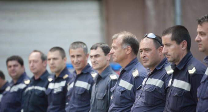Служителите на МВР протестират