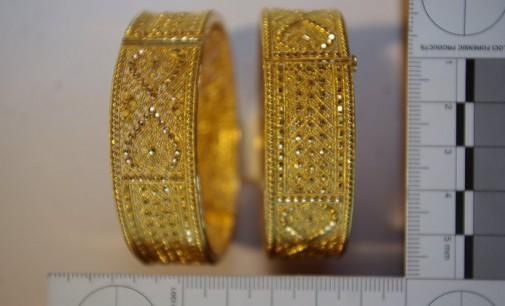 Конфискуваха злато и валута от трезори на български джебчии
