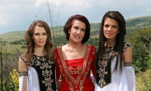 Гуна Иванова и внучките й с нов съвместен проект
