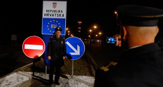 Хърватия забрани на сръбски граждани да влизат в страната