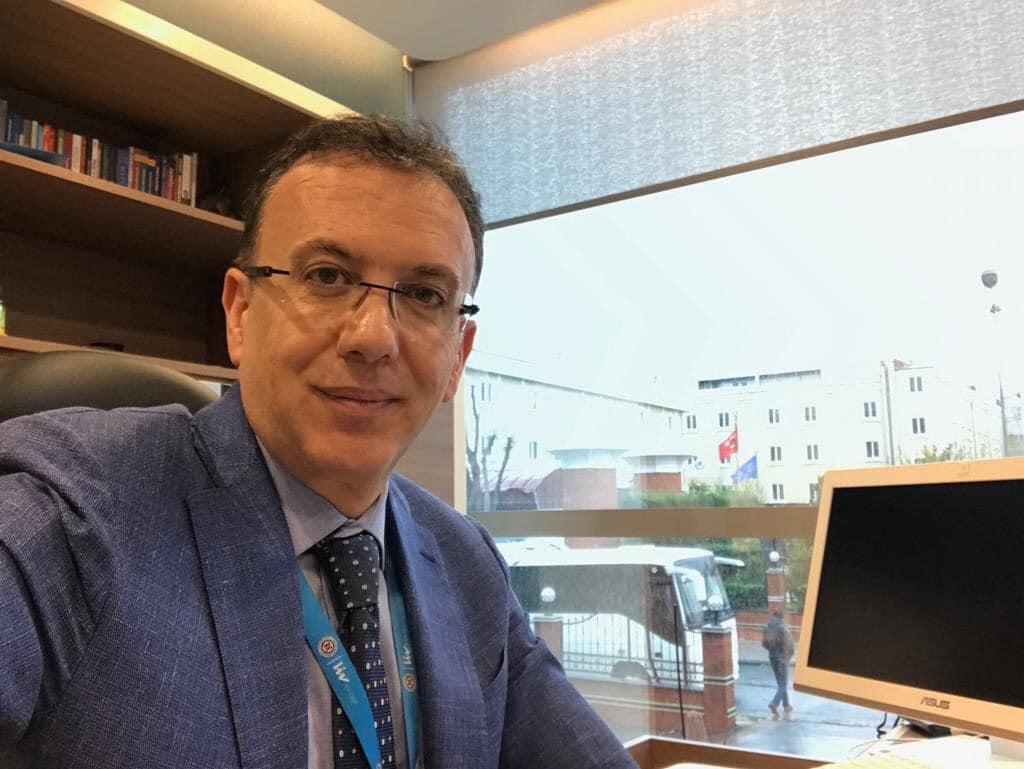 проф. д-р Семих Аян